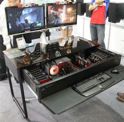 bureau pc gamer computex les pc bureaux et table basse de lian li