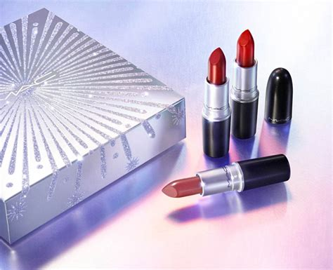 mac frosted firework holiday  collection gift sets beauty trends  latest makeup