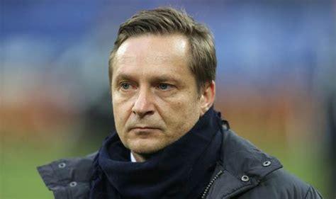 Arsenal given Julian Draxler hope as Schalke chairman ...