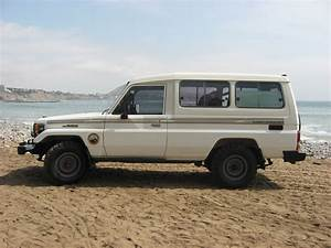 Toyota Land Cruiser Hzj75 Picture   8   Reviews  News