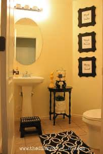Ideas On Bathroom Decorating Decorating Small Guest Bathrooms Bathroom Decoration Ideas