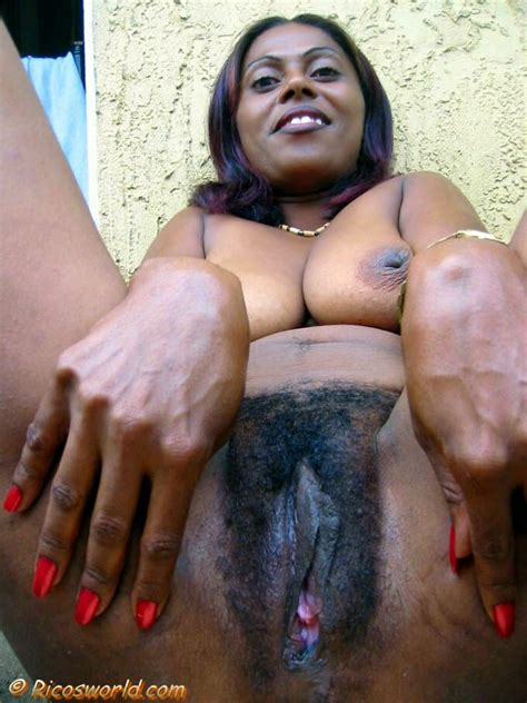 lucero ricos world hairy