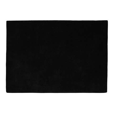 tapis 224 poils courts en noir 250 x 350 cm soft maisons du monde