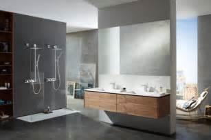 farbe fã r badezimmer badezimmer grau holz graue farbe f r modernes badezimmer