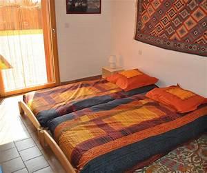 Lit Pour Adulte : lits jumeaux pour adultes ~ Teatrodelosmanantiales.com Idées de Décoration