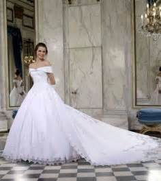 robe de mariage robe de mariée blanche faire part mariage robe de mariée décoration de mariage