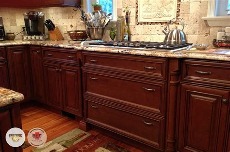 glaze on kitchen cabinets from dinner for 2 to a house for 20 our elite 3833