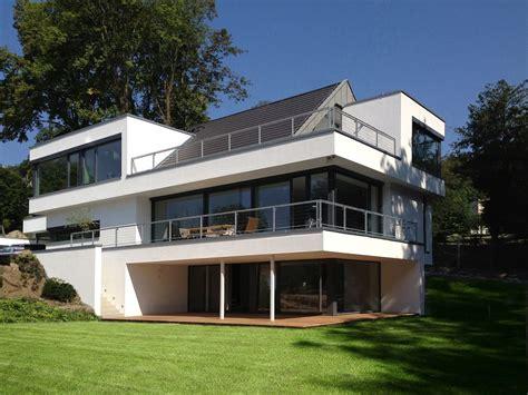 Häuser Modern Mit Satteldach by Bauhaus Mit Satteldach Haus Ideen