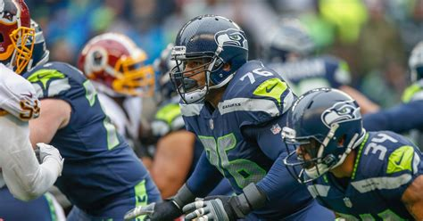 seahawks sign duane brown  contract extension field gulls