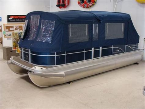 mini troline with enclosure 1000 ideas about pontoons for on 7517