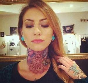 Tattooed lady - cool tattoos on the neck and on the hand ...