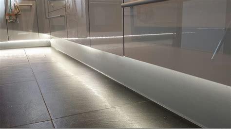 plinthe cuisine castorama plinthe pour meuble de cuisine merveilleux plinthe pour
