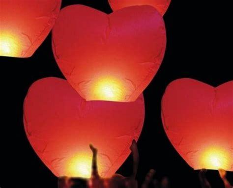 acheter des lanternes volantes lanterne volante tha 239 landaise cœur 1m40 224 partir de 1 37 ht