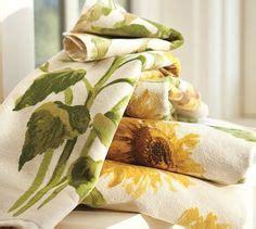Sunflower Bath Towel Set by Sunflower Bathroom On Sunflowers Sunflower