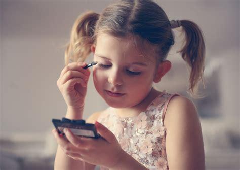 bill  require warning labels  kids cosmetics