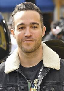 Pete Wentz Picture 167 - Premiere of Warner Bros. Pictures ...