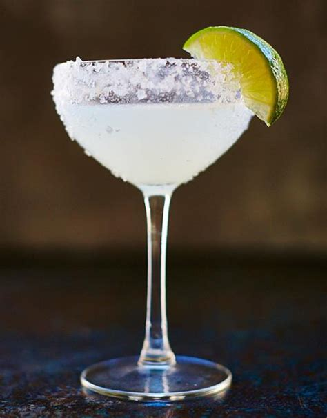 how to make a margarita margarita drinks recipes drinks tube