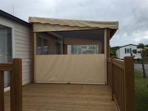 terrasse en bois couverte pour mobil home modele bache