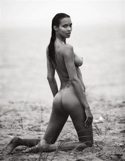 Lais Ribeiro Topless 10 Photos Thefappening
