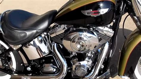 Harley Softail Deluxe, Vance & Hines Short Shots, Hear It