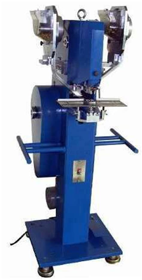 fully automatic snap fastener machine  snaps grommets