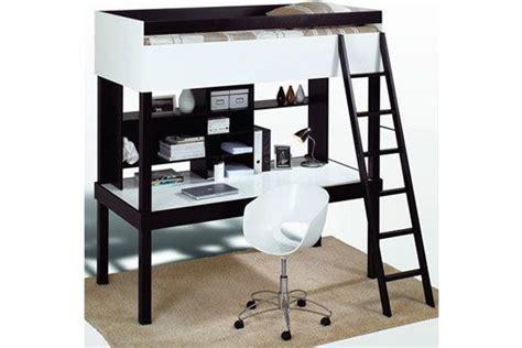 bureau sous mezzanine un lit mezzanine pour gagner de la place lieux bureaux