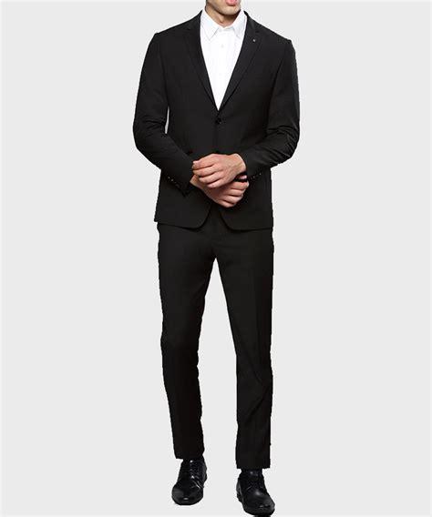 Tom Ellis Lucifer Morningstar Black Suit Danezon