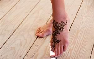 Henna Muster Schablone : pin von j rg uckermann auf ideas tattoos henna und summer tattoo ~ Frokenaadalensverden.com Haus und Dekorationen