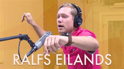 Ralfs Eilands dzied dažādās balsīs - YouTube