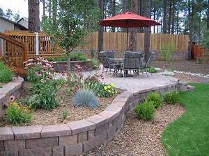 Great backyard landscape design ideas on a budget on for Landscaping for a small front yard