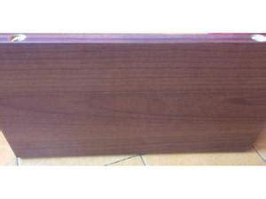 mensole in legno colorate staffe reggimensole con mensole di legno posot class