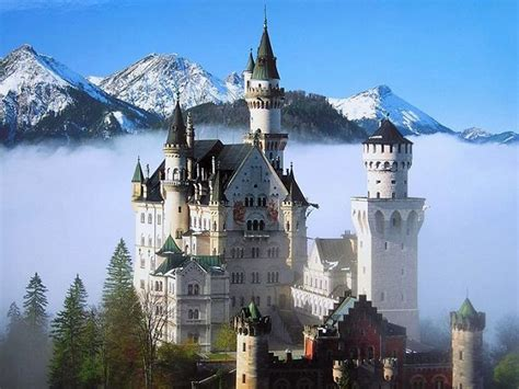德国新天鹅堡谷歌地图观察