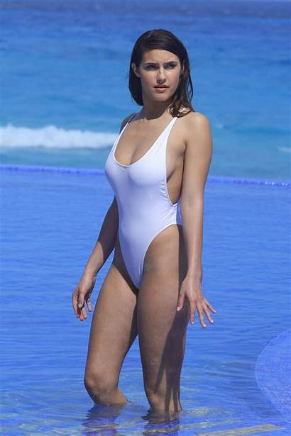 Tao Wickrath Swimsuit Pool Bikini Curves Shows