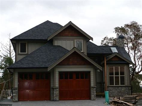 house color schemes black roof 1000 images about house exterior on exterior