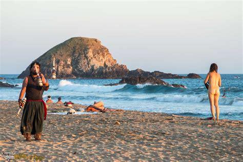Video desnuda playa movies foto