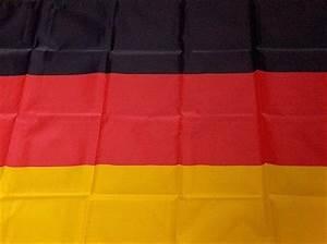 Deutsche Fahne Kaufen : deutschland fahne gro kaufen bei fasnetmarkt ideenreich ~ Markanthonyermac.com Haus und Dekorationen