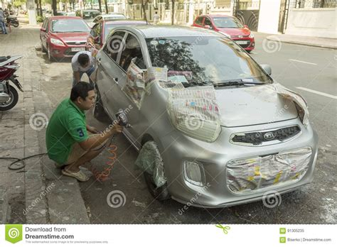 Street Car Painting Service In Vietnam Editorial Photo