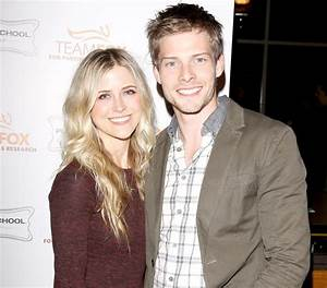 Hunter Parrish Marries Kathryn Wahl in Stunning Outdoor ...