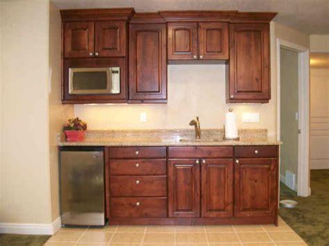 organizing small kitchen best 25 basement apartment ideas on basement 1274