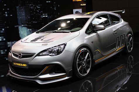 Opel Astra Opc by 169 Automotiveblogz Opel Astra Opc Geneva 2014 Photos