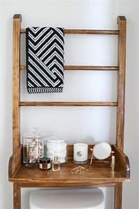 Leaning, Bathroom, Shelf