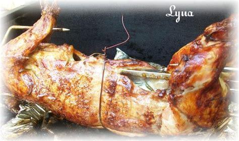 lapin grille au barbecue lapin sur tourne broche bbq