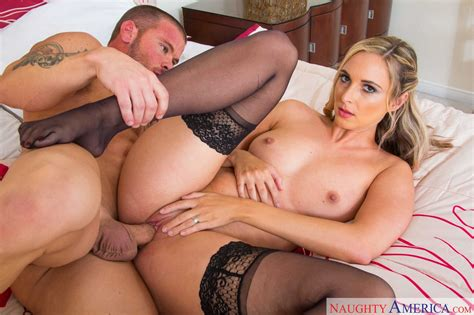 Allie Eve Knox in black stockings gets fucked by muscular guy - My Pornstar Book