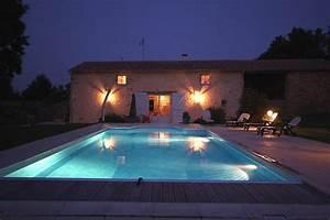 Eclairage Terrasse Piscine : eclairage piscine nuit ~ Melissatoandfro.com Idées de Décoration