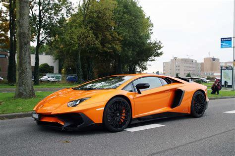 40+ Lamborghini Aventador Wallpapers Hd Desktop Free Download
