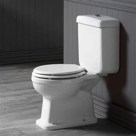 england colchester close coupled toilet