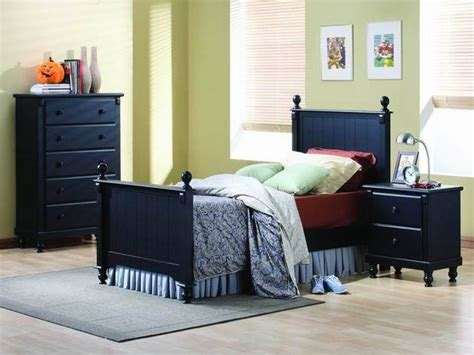 Desks For Small Bedrooms, Small Bedroom Furniture Designs