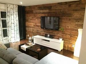 Mur Tv Bois : mur en bois condo salon pinterest chic et salons ~ Teatrodelosmanantiales.com Idées de Décoration