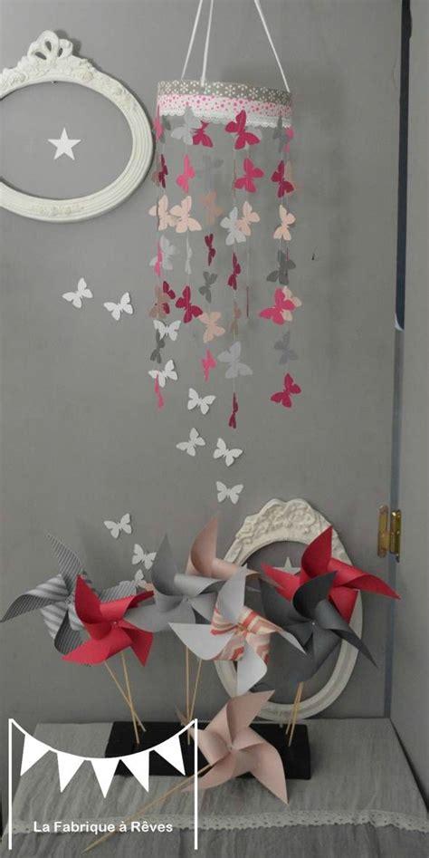 chambre mobile mobile papillon podré gris fuchsia décoration