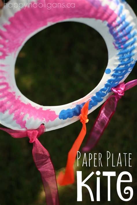 paper plate kite for toddlers and preschoolers happy 979 | Paper Plate Kite